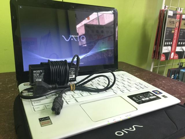 bán laptop cũ Sony SVE111a11W giá rẻ tại hà nội