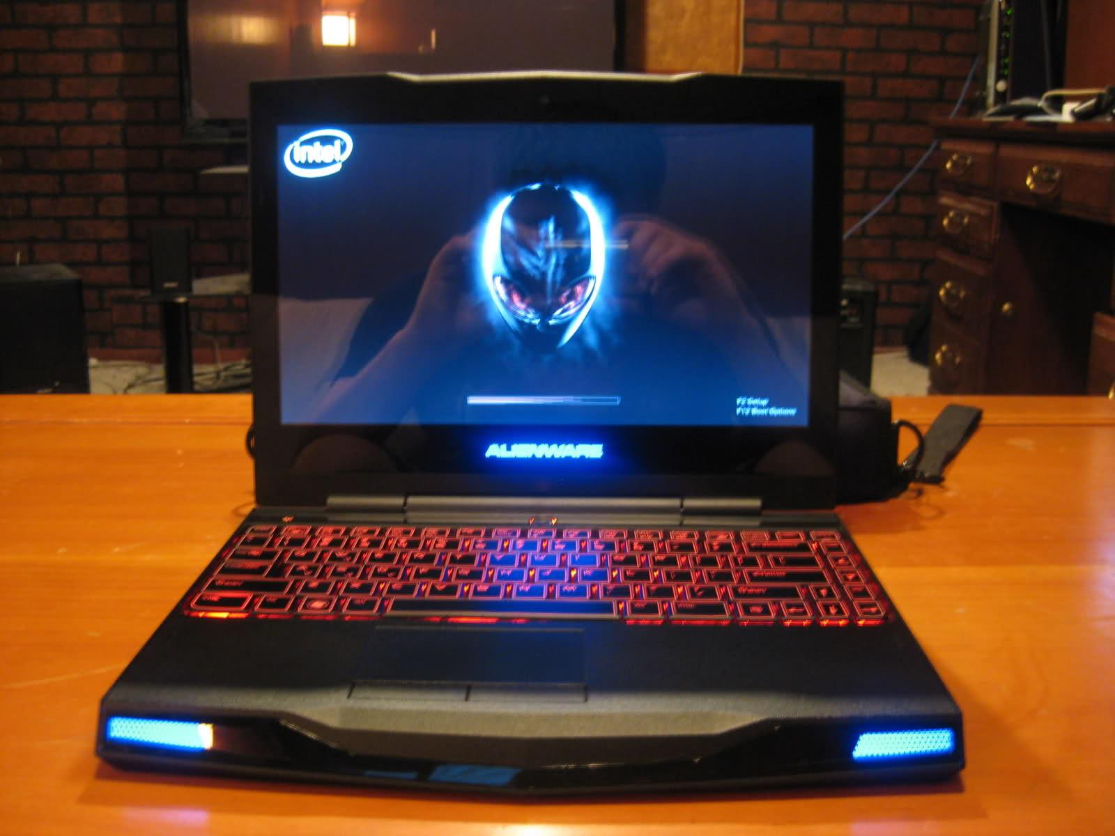Bán laptop cũ Dell Alien ware m11xr2 giá rẻ tại Hà Nội