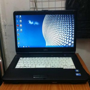 Bán laptop cũ Fujitsu FMV-A8260 giá rẻ tại Hà Nội