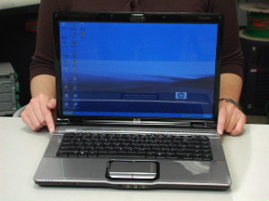 Bán laptop cũ tại Hà Đông sản phẩm Hp DV2000