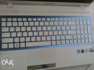 bán laptop cũ samsung nt300v giá rẻ tại hà nội