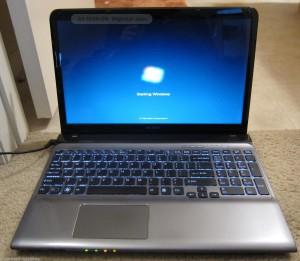 bán laptop cũ Sony SVE151D11L giá rẻ tại hà nội