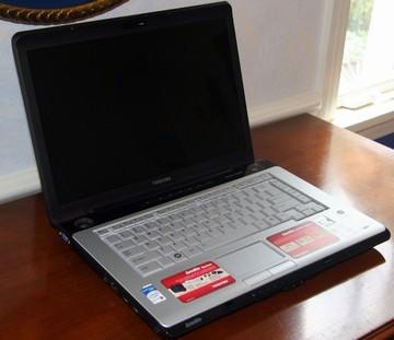 bán laptop cũ toshiba A205 tại hà nội