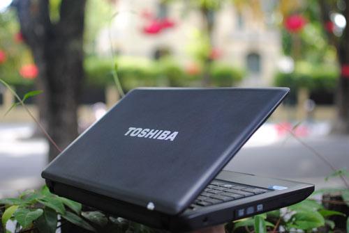 bán laptop cũ toshiba C640 giá rẻ tại hà nội
