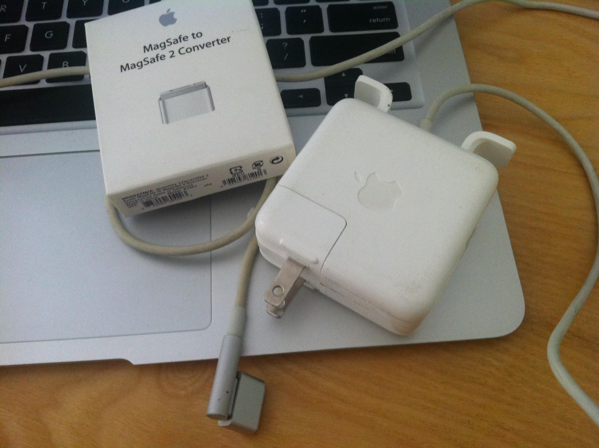 Bán sạc macbook air cũ tại hà nội